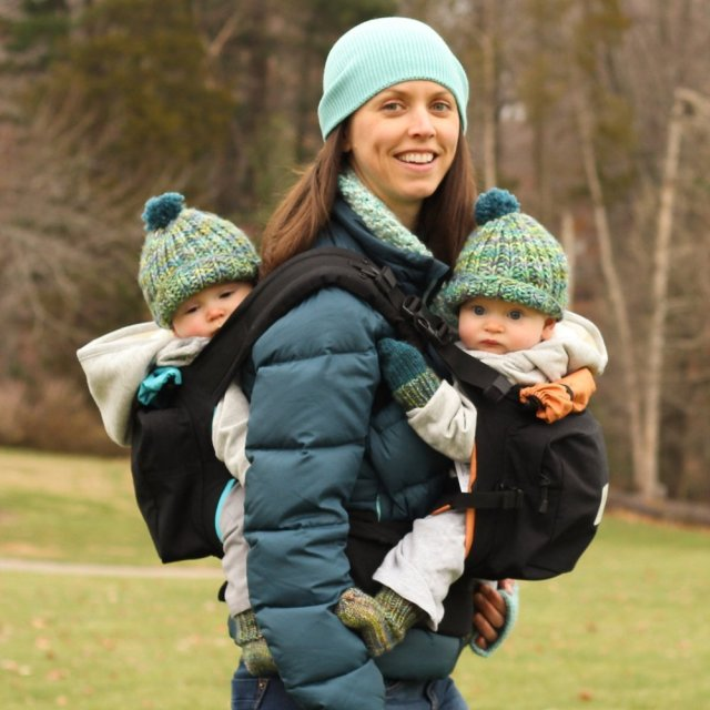 tandem baby wearing twingo best of the best for twins
